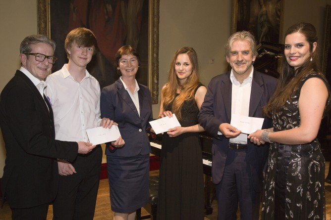 20815 003 668x445 Flax Trust Music Bursaries at Camerata   Ireland Clandeboye Festival